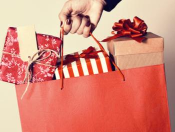 الهدايا والجرائد
